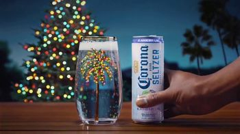 Corona Hard Seltzer TV Spot, 'Feliz Navidad' [Spanish] - Thumbnail 6