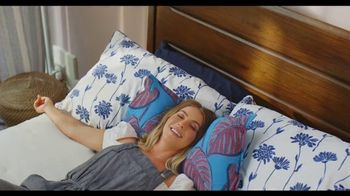 Rooms to Go TV Spot, 'Incredible Selection' Featuring Julianne Hough - Thumbnail 7