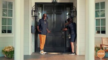 Vivint Smart Security TV Spot, 'Hassle-Free' Featuring Snoop Dogg - Thumbnail 5