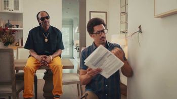 Vivint Smart Security TV Spot, 'Hassle-Free' Featuring Snoop Dogg - Thumbnail 6