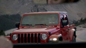 Jeep Big Finish 2020 TV Spot, 'Hero's Journey' Song by X Ambassadors [T2] - Thumbnail 4