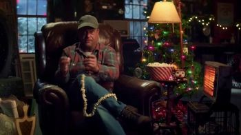 Cooper Tires TV Spot, 'Holidays: Uncle Cooper: 'Twas The Road Trip Before Christmas' Featuring Lenny Venito - Thumbnail 3