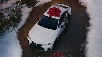 Lexus December to Remember Sales Event TV Spot, 'Driveway Moments: Birthday' [T2]