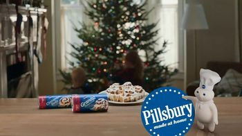 Pillsbury Cinnamon Rolls TV Spot, 'Holiday: Decorating' - Thumbnail 9
