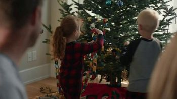 Pillsbury Cinnamon Rolls TV Spot, 'Holiday: Decorating' - Thumbnail 5