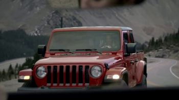 Jeep Black Friday Sales Event TV Spot, 'Hero's Journey' Song by X Ambassadors [T2] - Thumbnail 4