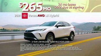 Toyota 10-Day Countdown Sales Event TV Spot, 'Hurry: Highlander and Venza' [T2] - Thumbnail 6