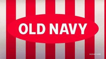 Old Navy TV Spot, 'Jingle Jammies: 50% de descuento' con RuPaul [Spanish] - Thumbnail 1