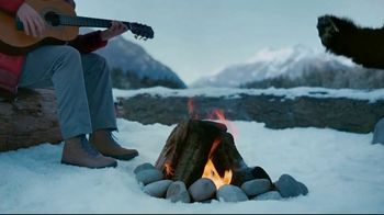 Columbia Sportswear TV Spot, 'Campfire Party' - Thumbnail 6
