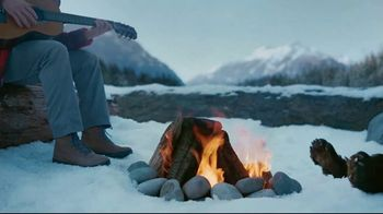 Columbia Sportswear TV Spot, 'Campfire Party' - Thumbnail 7