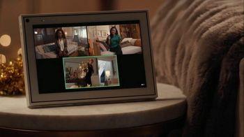 Portal from Facebook TV Spot, 'Portal Holiday: Glamming With Rebel Wilson: $65' - Thumbnail 4