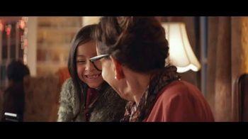 USPS TV Spot, 'Fiestas: juntos' canción de Luis Aguile [Spanish] - Thumbnail 8