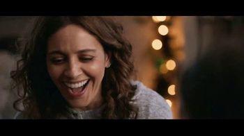 USPS TV Spot, 'Fiestas: juntos' canción de Luis Aguile [Spanish] - Thumbnail 6