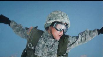 PenFed TV Spot, 'Skydiving: Power Cash Rewards Visa Signature Card' - Thumbnail 3
