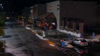 Walmart TV Spot, 'Días festivos: recogida en la acera' canción de Aretha Franklin [Spanish] - Thumbnail 1