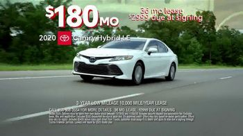 Toyota 10-Day Countdown Sales Event TV Spot, 'Hurry: Camry' [T2] - Thumbnail 4