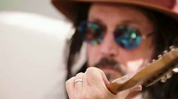 Guitar Center TV Spot, 'Happy' Featuring Mike Campbell - Thumbnail 4