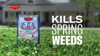 BioAdvanced 3 in 1 Weed & Feed TV Spot, 'Perfect for Texas Lawns' - Thumbnail 2