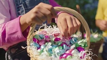 Hershey's TV Spot, 'Easter: Fill It With Love' - Thumbnail 4
