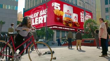 Wendy's $5 Biggie Bag TV Spot, 'Secure the Bag' Song by DJ Khaled, Migos - Thumbnail 8