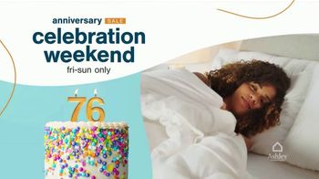 Ashley HomeStore Anniversary Sale Celebration Weekend TV Spot, '50% Off Gildeaway Bases' - Thumbnail 3