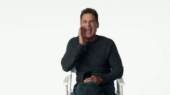 Atkins Birthday Cake Bar TV Spot, 'It's Somebody's Birthday' Featuring Rob Lowe - Thumbnail 5