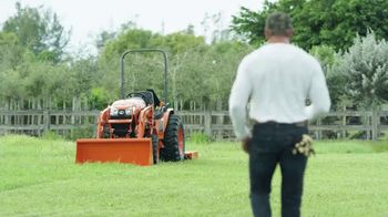 Kubota LX2610SU Tractor Package TV Spot, 'Durability and Versatility'