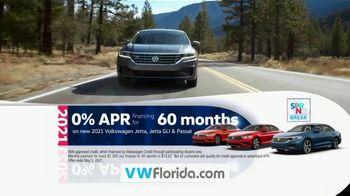 Volkswagen Sign Then Drive Event TV Spot, 'Spring Break: Break Away Financing' [T2] - Thumbnail 7