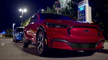 Ford Auto Show Sales Event TV Spot, 'The Future Moves Forward' [T2] - Thumbnail 6