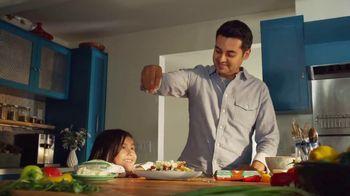 Cacique TV Spot, 'Scent of Home'