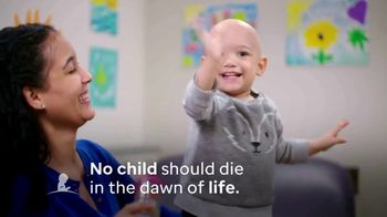 St. Jude Children's Research Hospital TV Spot, 'Not the End' Song by Drew Holcomb & The Neighbors - Thumbnail 9