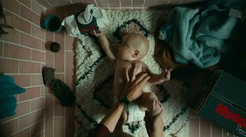 Huggies Special Delivery TV Spot, 'Skin Is Weird, But We Got You, Baby' - Thumbnail 7
