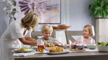 Ashley HomeStore Ultimate Event TV Spot, '30% Off: Hyndell Dining' - Thumbnail 2