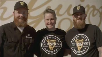 Guinness TV Spot, 'St. Patrick's Day: Look Out for Each Other' - Thumbnail 4