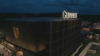 Guinness TV Spot, 'St. Patrick's Day: Look Out for Each Other' - Thumbnail 7
