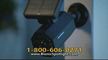 Bionic Spotlight TV Spot, 'Iluminación' [Spanish] - Thumbnail 2