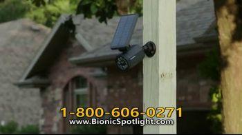Bionic Spotlight TV Spot, 'Iluminación' [Spanish] - Thumbnail 3