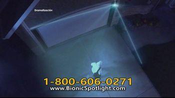 Bionic Spotlight TV Spot, 'Iluminación' [Spanish] - Thumbnail 4