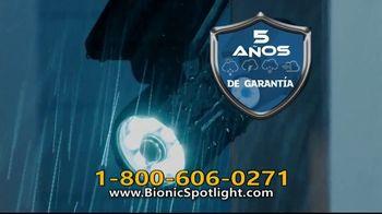 Bionic Spotlight TV Spot, 'Iluminación' [Spanish] - Thumbnail 6