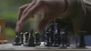 Hennessy V.S. TV Spot, 'Legends of a Grandmaster: Vision' Featuring Maurice Ashley - Thumbnail 4