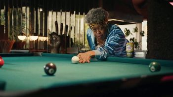 Canada Dry Bold Ginger Ale TV Spot, 'Not You're Grandma's Ginger Ale: Clothes' - Thumbnail 6