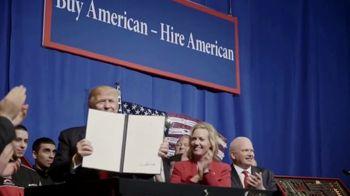 Donald J. Trump for President TV Spot, 'Kiss the Economy Goodbye' - Thumbnail 5