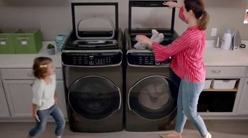 The Home Depot Fall Savings TV Spot, 'LG Laundry Pair' - Thumbnail 4
