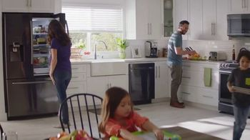 The Home Depot Fall Savings TV Spot, 'LG Laundry Pair' - Thumbnail 8