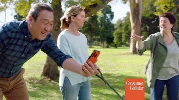 Consumer Cellular TV Spot, 'Dog Park: Talk, Text, Data $20+ a Month' - Thumbnail 3