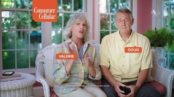 Consumer Cellular TV Spot, 'Folks: Couple' - Thumbnail 3
