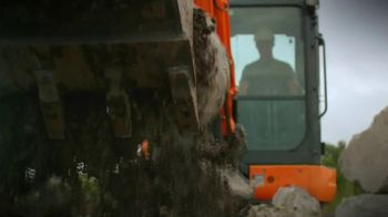 Kubota TV Spot, 'All Year Round' - Thumbnail 4