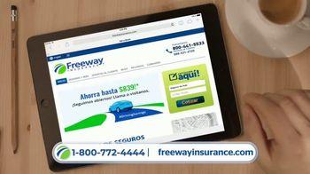 Freeway Insurance TV Spot, 'Todo mundo se cambia' [Spanish] - Thumbnail 8