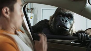 Gorilla Glue TV Spot, 'Garage' - Thumbnail 4