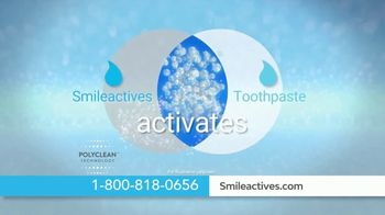 Smileactives TV Spot, 'Poly-Clean Technology: Second Product Free' - Thumbnail 2